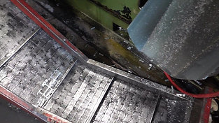 Casting part ejection in high pressure die casting process