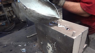 Casting of a hand gravity die