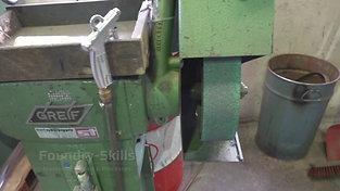 Belt grinder without grinding belt
