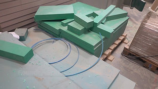 Raw material for pattern equipment