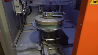 Moving the sample table in an X-ray machine