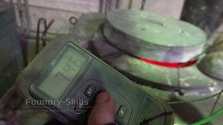 Temperaturmessung einer Aluminiumschmelze