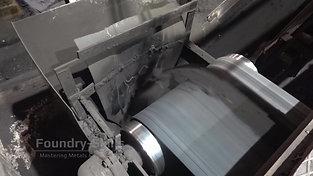 Moulding material on conveyor belt