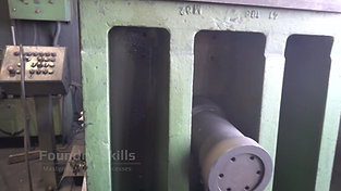 Smaller tilt gravity die casting machine