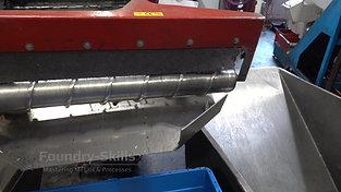 Seperator screw at hot chamber high pressure die casting machine