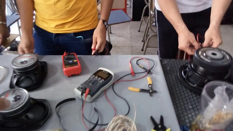 Alumnos System Car Audio