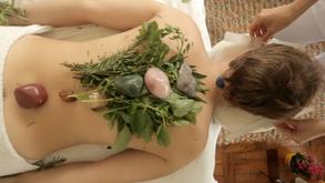 Massagem Nicole Eterovich