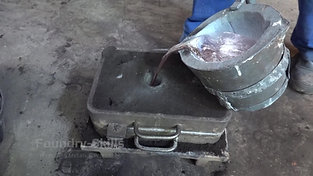 Casting of a hand moulded flask