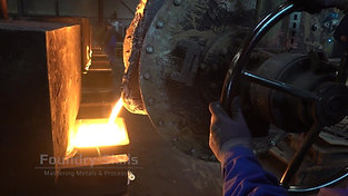 Casting of molten iron with stopper