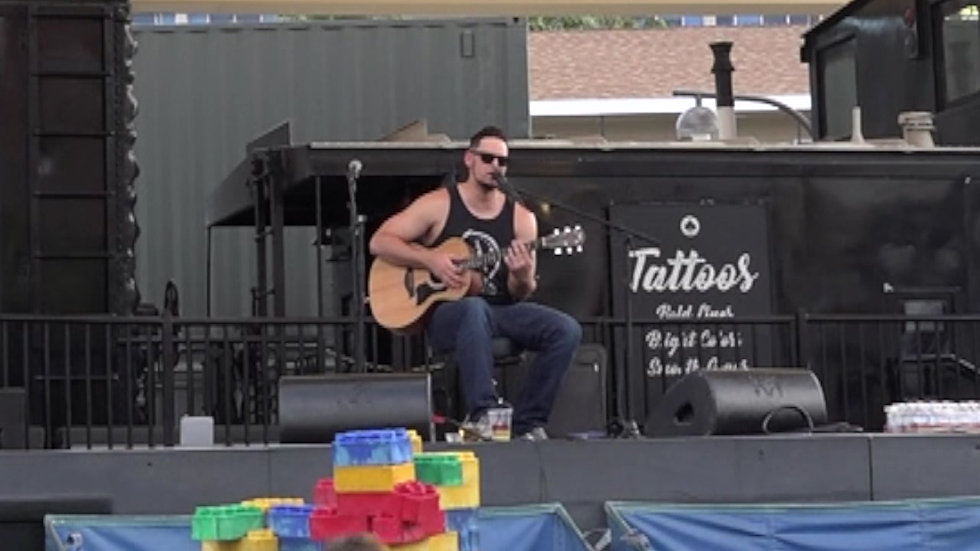 One Dance / Slide cover by Beau Cody at the Container Park in Las Vegas