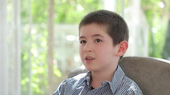 Муроджон, 8 лет - будущий летчик.