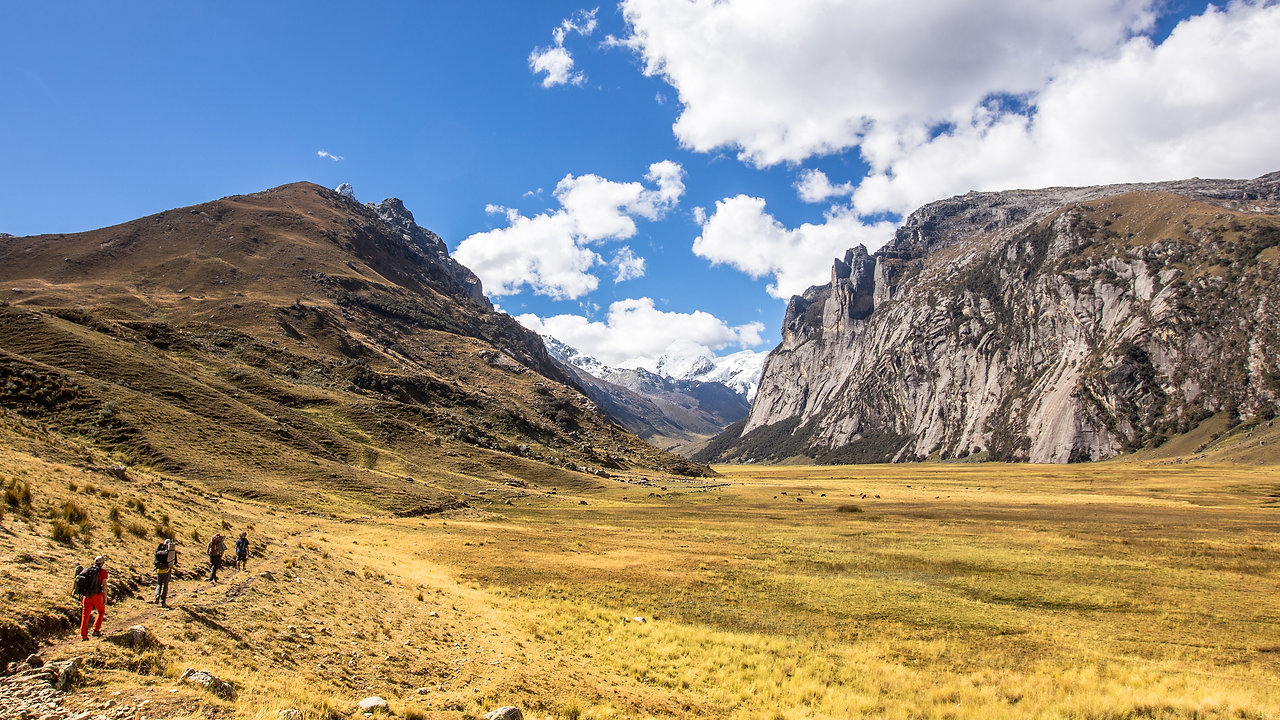 CLIMBING   RUREC VALLEY Pou Brothers Expedition in Peru