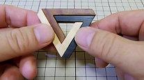 ペンローズの三角形組木を動かすと その1