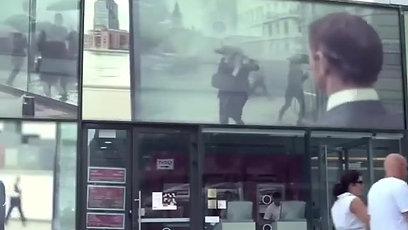Smart пленка на витрине магазина