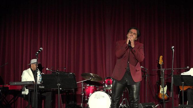 David Souza sings Gardel