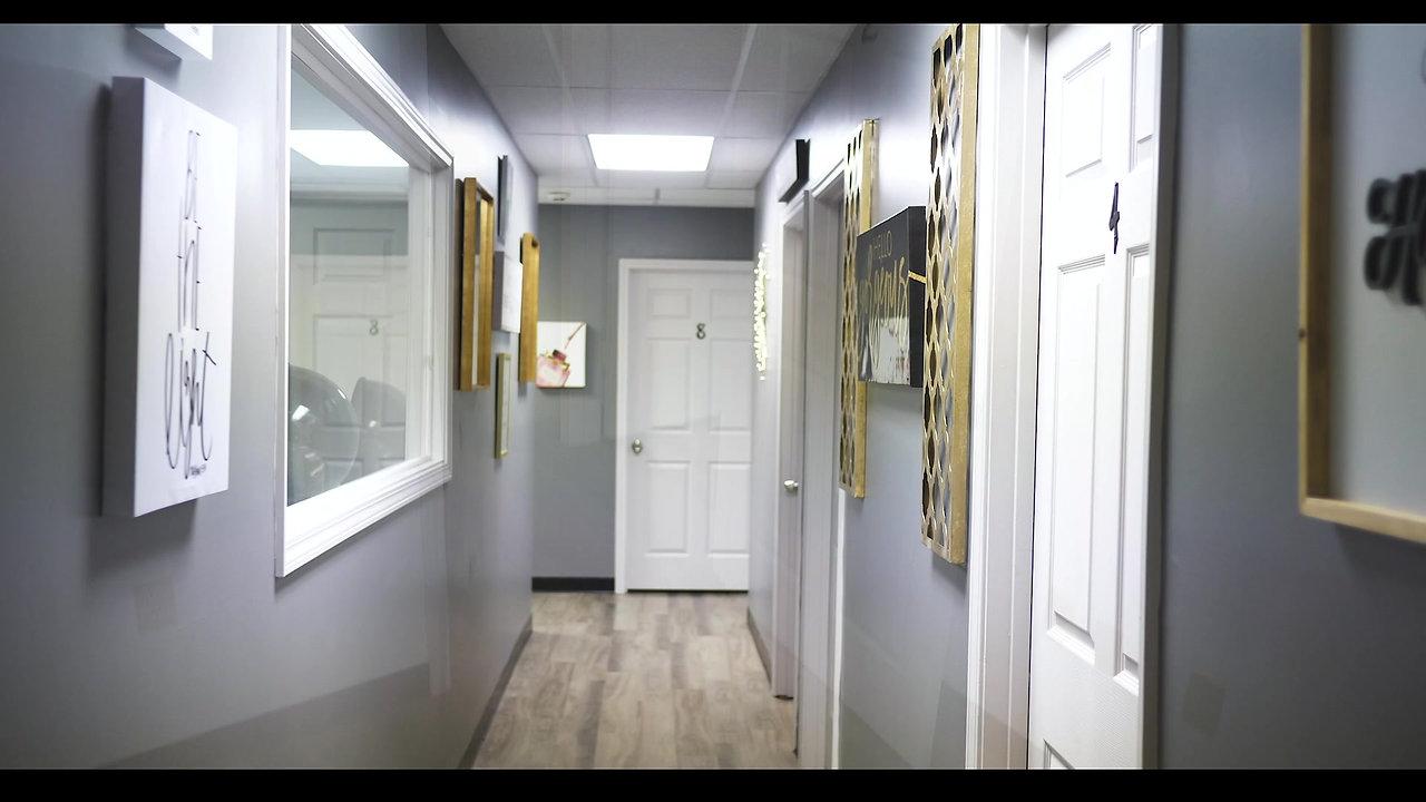 Mega salon Suites