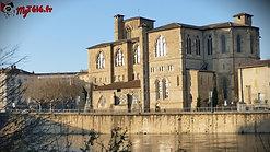 Deuxième exploration de la collègiale Saint Barnard, monument fondateur de la ville de Romans-sur-Isère.