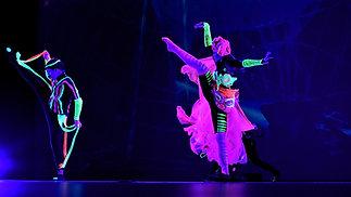 Spectacular act: Neon Matrix