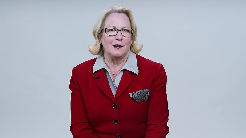 Pat Speaks to Voters