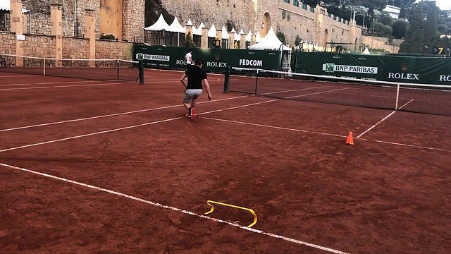 TRAINING ON THE CLAY COURT