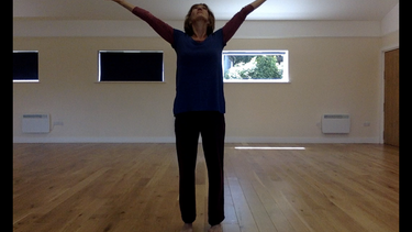 Swing - Release. Exercises and improvisations to find momentum and flow in the body.