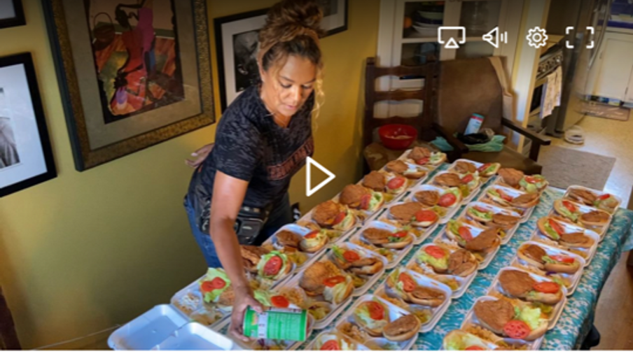 Brown Bag Lady Serves Homeless in LA and Hollywood
