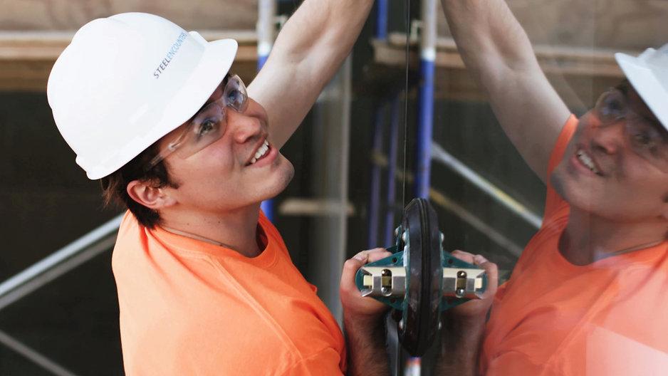 Glazier Apprentice