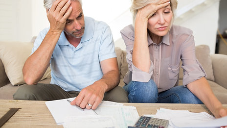 3 BIG FINANCIAL MISTAKES BABY BOOMERS MAKE THAT COSTS THEM MILLIONS