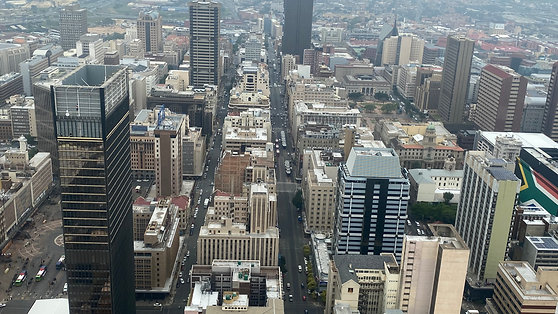 Vista panorámica de Johannesburgo desde mirador del Carlton Centre (1080p)