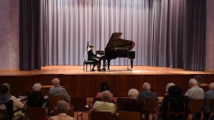Chopin - Walzer in A Major, Op. 642 - Malaika Wainwright Concert