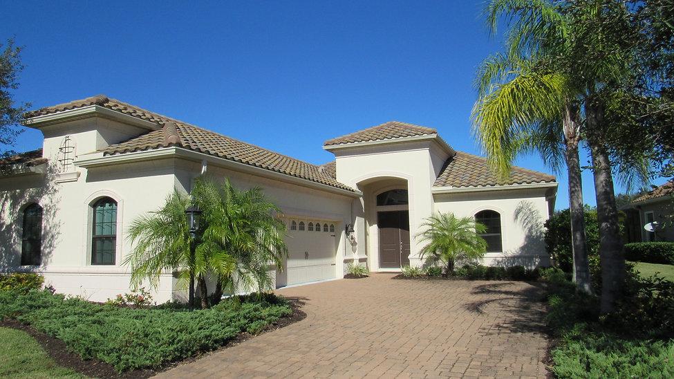 SunnySRQ Properties - Annual Rentals