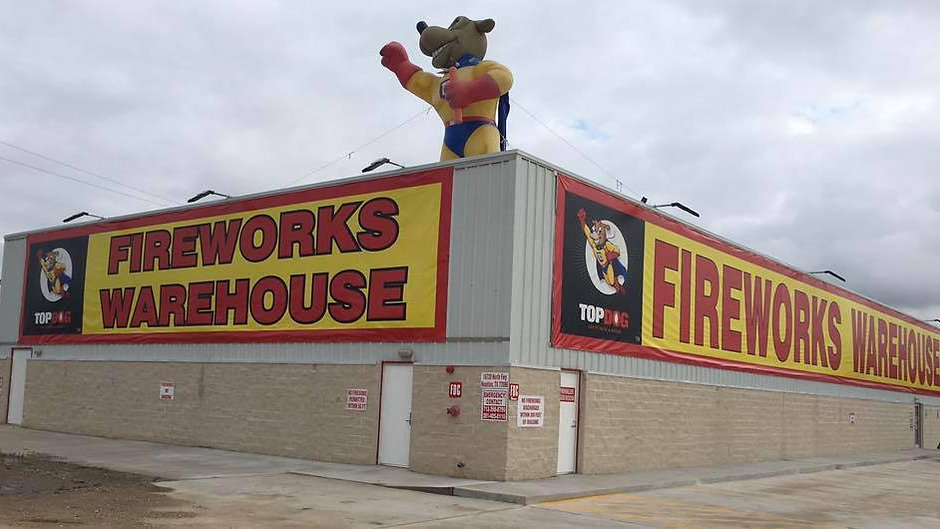 Welcome to TOPDOG Fireworks - the Best in Texas!