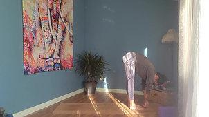 30 min Full Body Yoga Flow