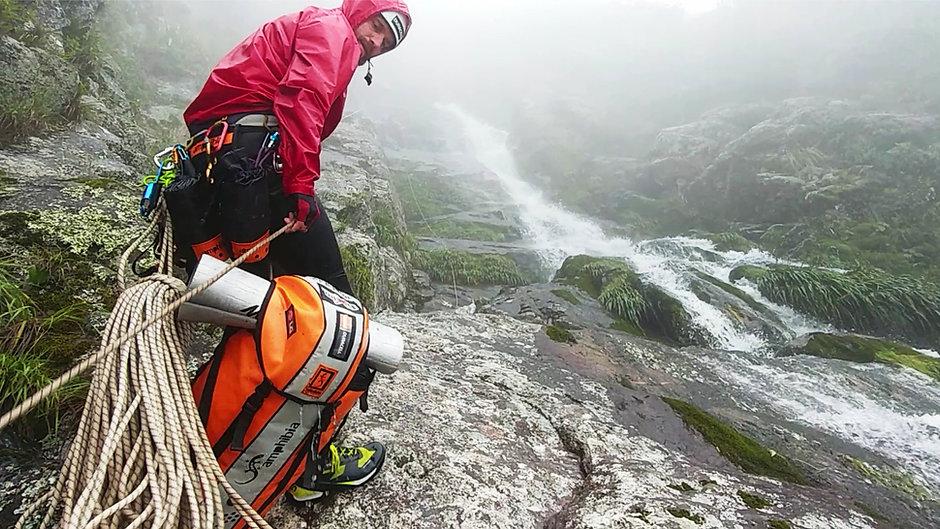 Expedição de Canionismo Científico-Exploratório na maior cachoeira do Brasil