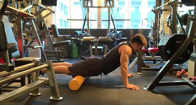 大腿四頭筋の筋膜リリース