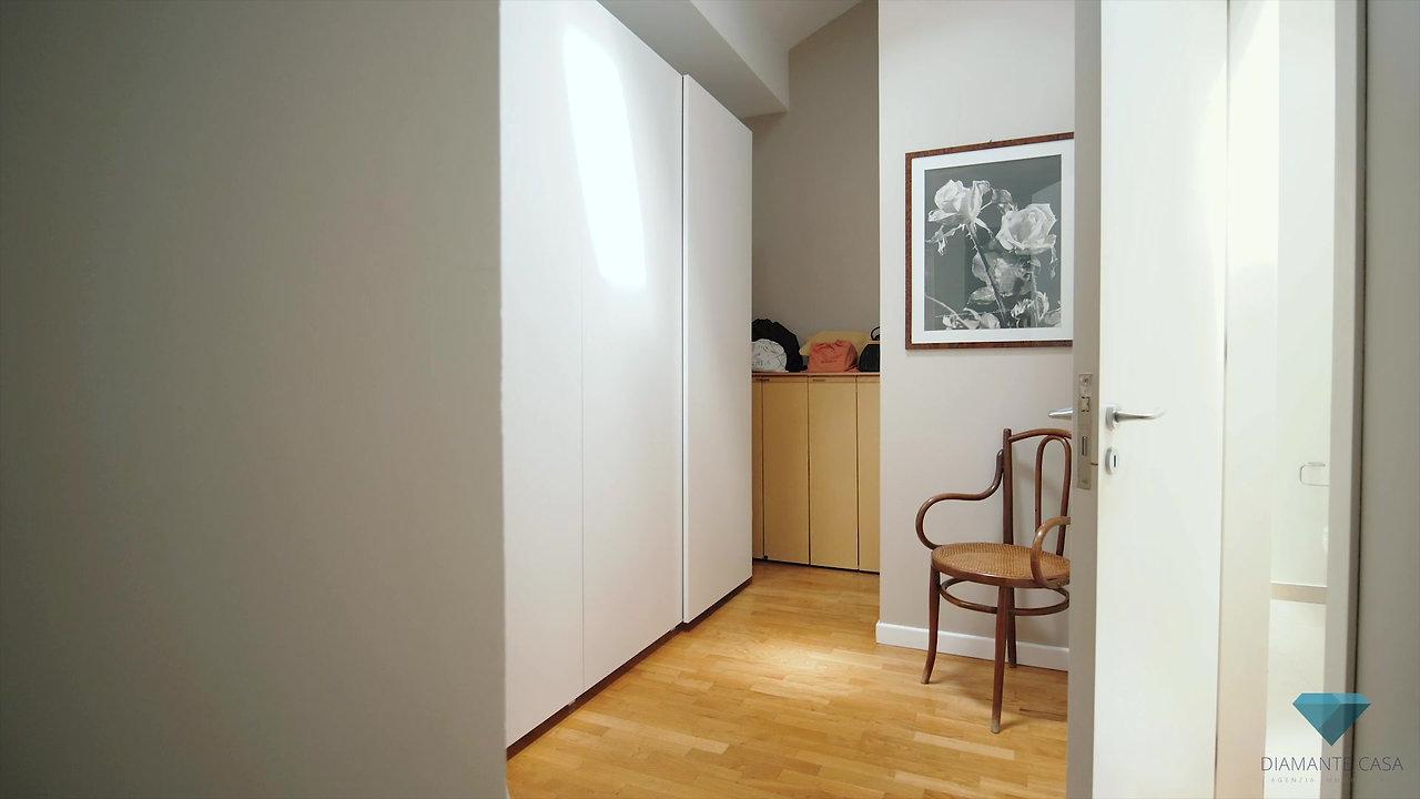 Interior #3, Nicolosi