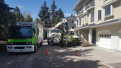 Calgary Sewer Manhole Flush Truck