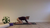 Blid yogasekvens for haser og hofter