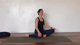 Seated Hip Switch > Tall Kneeling