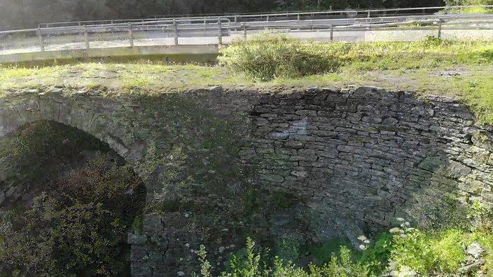 Maseggbrücke komprimiert 7.77 Mb
