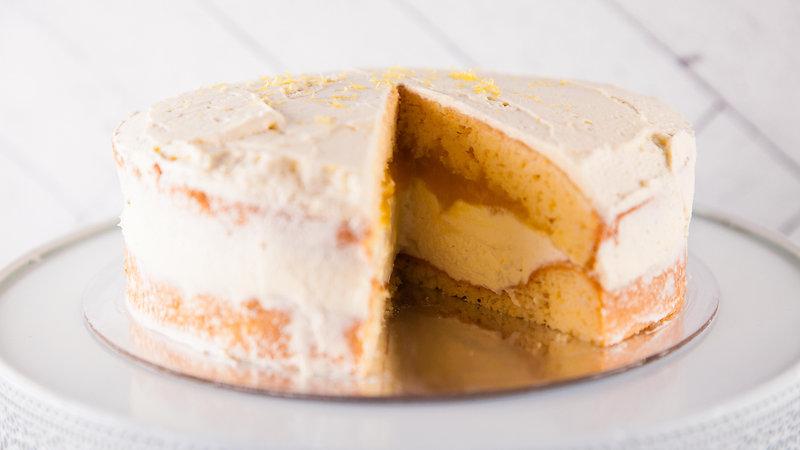 How to make:  Victoria Sponge Cake