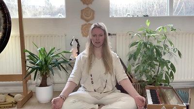 Möntrur og jógísk raddvinna
