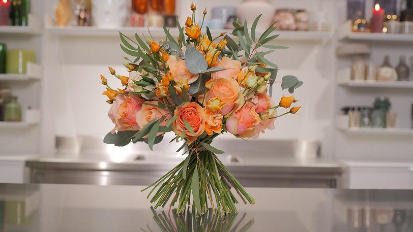 Sum_Dome Shape Bouquet