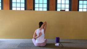 Yoga express -  upper body seated flow | open the heart  | 20min
