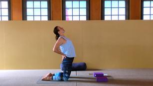 Slow flow 30min - whole body kneeling sun salute flow | gratitude