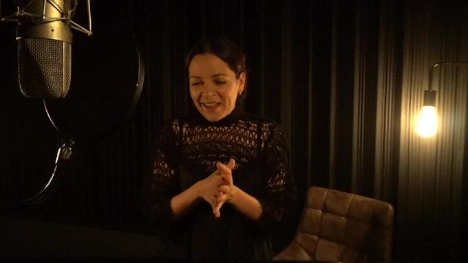 Natalia Lafourcade - CAM