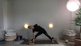 Live d. 18.5 Flow Yoga & Puls