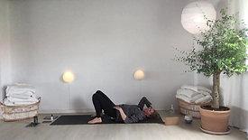 Yoga Relax d 21. lænd, ryg baglår massage afspænding