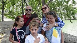 Noé, Izilda e os netos
