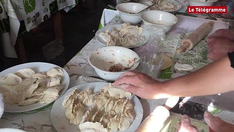 Quimperlé. Semaine bleue  Les dumplings raviolis chinois les ont mis en appétit (1) 拷貝